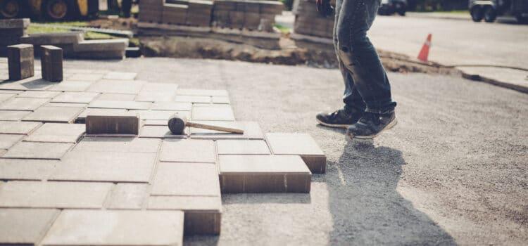 Jak prawidłowo ułożyć  kostkę brukową, płyty chodnikowe ipłyty betonowe EKO?